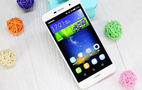 Huawei презентовала бюджетный